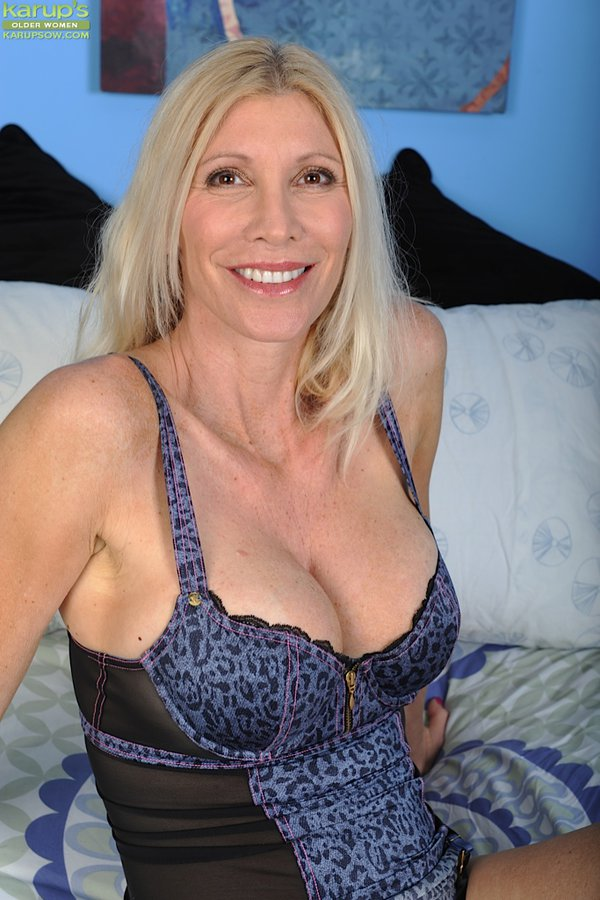Milf Karups Sexy Granny Pictures