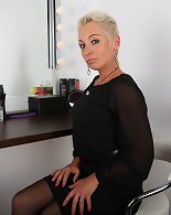 Bossy blondy milf will fire up your imagination