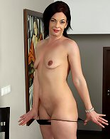 Kinky milf model shows her withered body & pussy